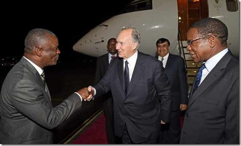His Highness the Aga Khan arrives in Dar es Salaam to mark 15th anniversary of AKU in East Africa