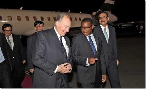 Mawlana Hazar Imam arrives in Dar es Salaam to mark 15th anniversary of AKU in East Africa