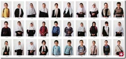 Diese afghanischen Schüler sind in einem Jahrbuch erschienen