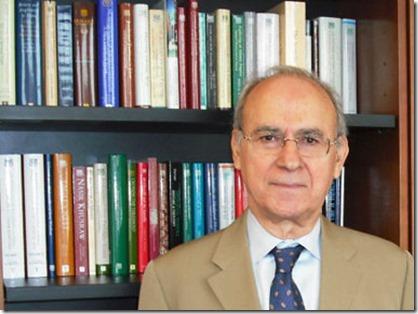 Dr Farhad Daftary m_w