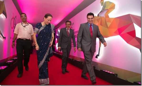 Princess Zahra at the Asia Racing Conference in Mumbai, accompanied by Jamati leaders