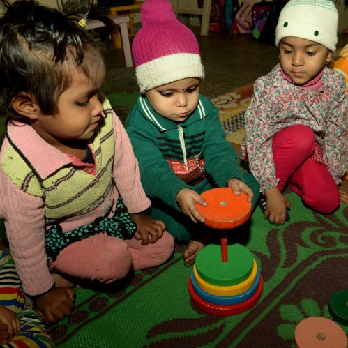 Learning to identify early signs of disability in young children and their integration into the classroom.