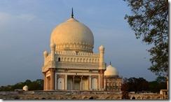 aktc-india-hyerabad-tomb_of_mohammed_quli_qutb_shah_