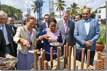 officially launched Phase 2 construction of the Aga Khan Hospital in Dar es Salaam.