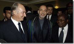 Arriving for Die Quadriga Award Ceremony at the Komische Oper with H.E. Hamid Karzai, President of Afghanistan, and H.E. William Mkapa, President of Tanzania.