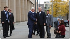 Foreign Minister Steinmeier welcoming Palestinian Prime Minister Hamdallah