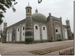 Akbah Khoja tomb mausoleum with 72 members of his family buried inside. Photo- Ali Karim. Copyright.