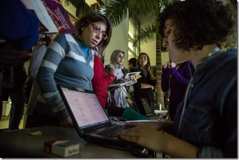 2_women_at_a_wiki_gender_event_roger_anis-goethe_institut_cairo