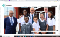 resident Marcelo Rebelo de Sousa poses for a group photo with Nazim Ahmad, the Ismaili Imamat's Diplomatic Representative to Portugal and Mozambique, Michael Spencer, Head of Academy, and a group of students from the Aga Khan Academy, Maputo. PHOTO: OTTO EVANDSON / AKDN